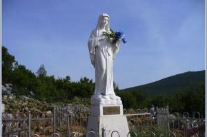 Medjugorje se convirtió en un lugar santo después que la Virgen se empezara a aparecer allí.