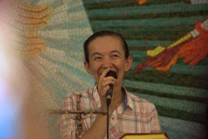 vicka-dio-la-bienvenida-a-los-participantes-de-la-ii-peregrinacic3b3n-de-personas-con-discapacidad