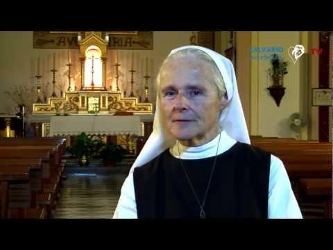 Entrevista a Sor Emmanuel en la Iglesia de la Virgen de Montserrat en Granada el 20/09/2012
